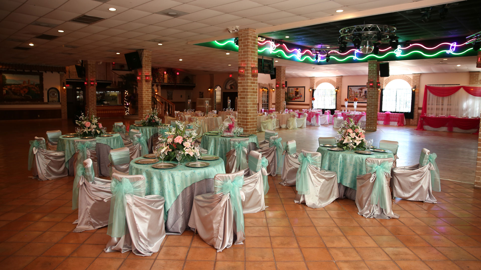 A luxury banquet hall